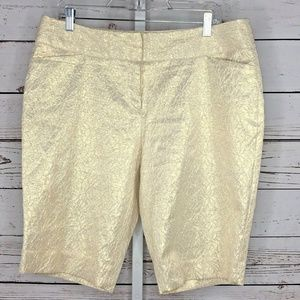 3 for $25 Worthington modern fit shorts 12